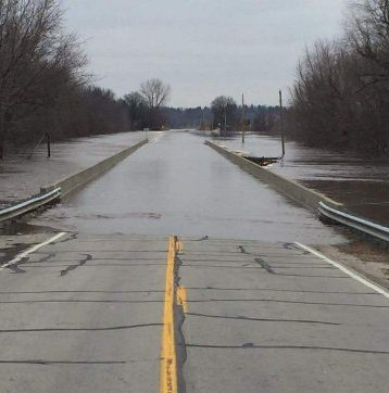Cardinal-Hill-Road-Flooding-IL-2016